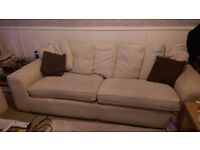 4 seat sofa, excellently structual but needs tlc