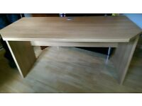 Desk for sale like new condition