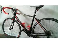 In Excellent Condition Giant Defy Road Racing Bike with Lights & Lock