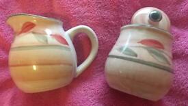 Cups / glasses / crockery