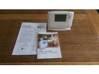Honeywell programmable room thermostat CM921 for Central Heating perfect condition