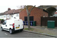 Detached Modern Self Contained FLAT with courtyard - 1 'Loft' Bedroom - Suit Professional Couple