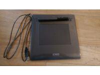 Wacom Volito 2 Graphics Tablet and Pen