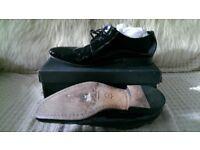 Men's black dress shoes size 11