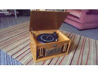 Classic Collector's edition radio Turntable: Vinyl CD radio Cassette player