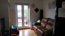 High Wycombe. Small Single room to let.