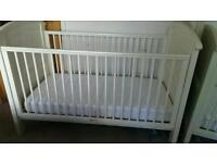 Cosatto Hogarth Cot Bed with Mattress & lots of neutral bedding!