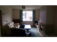 Large 2 room doudle bedsit in Huddersfield, bills included