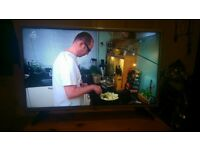 "32"" HD LED LG TV BUILT IN FREEVIEW"