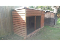Large dog cat cats kennel / run very well made can load onto your trailer