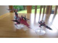 Warhammer 40000 Dark Eldar Raider and Reaver with stands