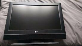 LG26lc55 26 inch tv with remote. £29
