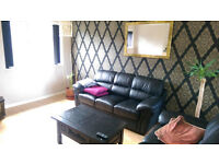 Double room for rent male or female in Brooklands Manchester Area