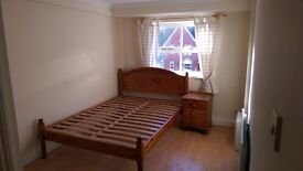 Lovely Ensuite double room to let in Stow Park, Newport with live in Landlady