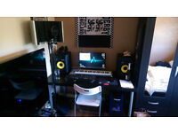 Home Recording Studio (KRK 8 MONITORS / RODE NT1A MICROPHONE / LYX PADS / FOCUSRITE 2i2 SOUND CARD)