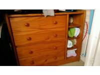 Solid Pin chest of drawers