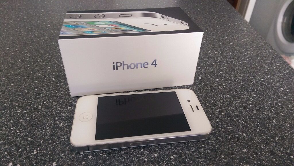 Apple iPhone 4 16GB Whiteexcellent conditionin Yorkhill, GlasgowGumtree - Apple iPhone 4 16GB White excellent condition Video calling with FaceTime Retina display with 960x640 resolution HD video recording 5 megapixel camera with LED flash Dual mic noise suppression Apple A4 processor MMS Voice Control Product details...