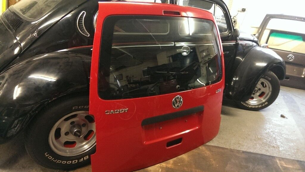 VW CADDY VAN GENUINE TAILGATE WITH GLASS RED GOOD CONDITION IDEAL FOR CONVERSION REPLACEMENT