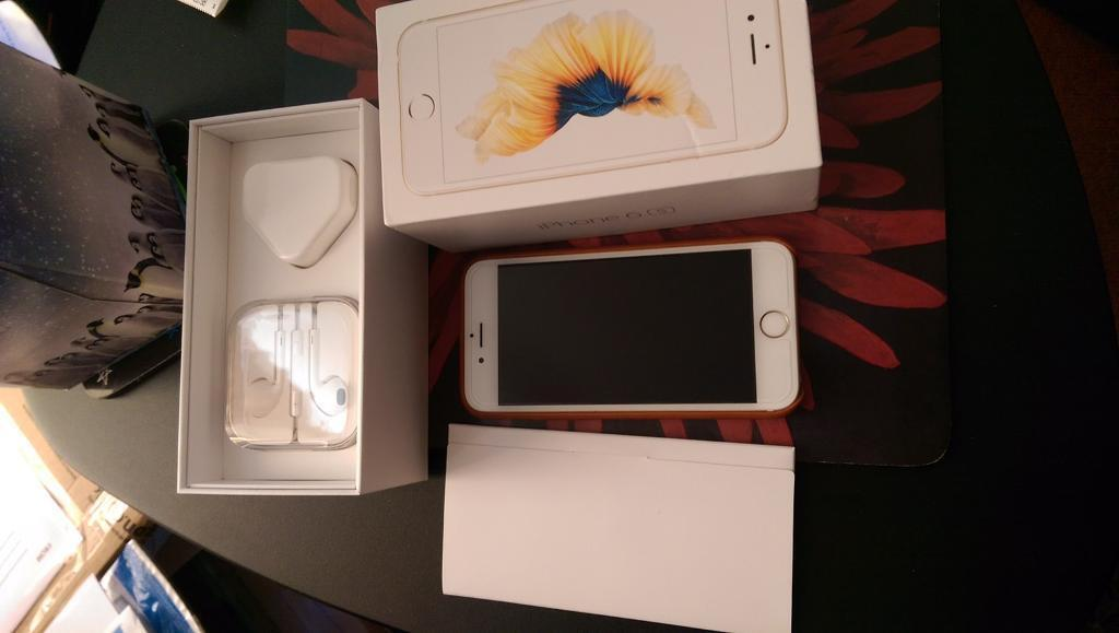 iPhone 6S Gold 128GB Mint Condition Unlockedin Redhill, SurreyGumtree - Smartphone is in mint condition, unlocked, gold, 128gb for thousands of photos, videos and apps. Comes in original box with extras such leather case (see photo) charger, earphones never used as I used others, will leave glass screen protector which...
