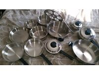 BRAND NEW 15 PIECE STAINLESS STEEL SET OF POTTS ,PANS,FRYERS AND OTHER SMALL POTS