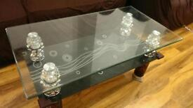 BEAUTIFUL COFFEE TABLE AND SIDE TABLE