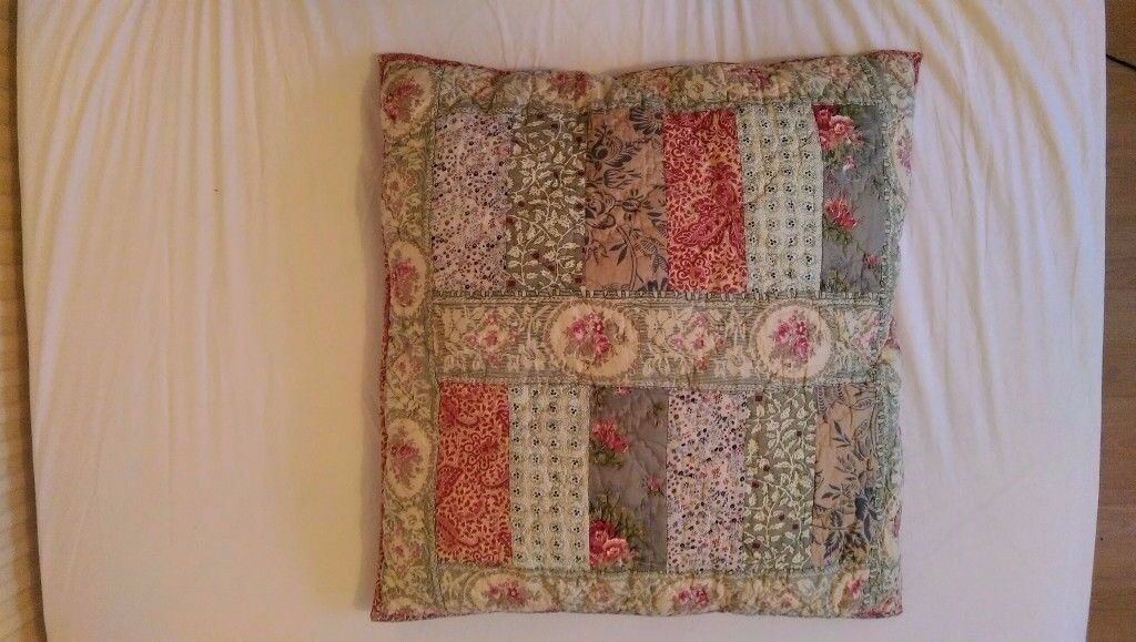 John Lewis - Gracie Floral Patchwork Cushion - RRP£40