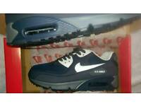 Now airmax blue size 9