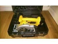 Dealt D936 circular saw