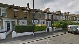 Brockley SE4. **AVAIL NOW** Large, Light & Modern 5 Bed Furnished House with Garden near Station
