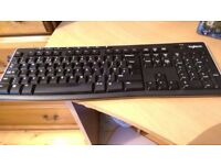 Logitech Wireless Keyboard - K270 model