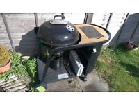 Blooma Kinley Charcoal Kettle BBQ with a set of BBQ tools in metal box