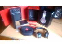 Genuine Dr Dre beats wireless headphones grey / silver Great Condition