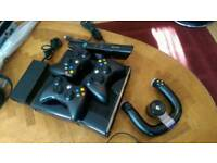 Xbox 360 slim 250 GB, with 4 controllers