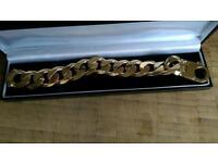 9CT Gold Bracelet. £2995