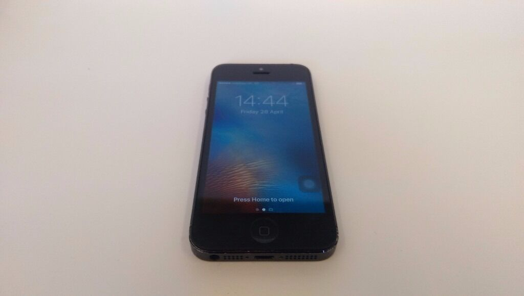 iPhone 5 Black Vodafone 64GB - Good Condition
