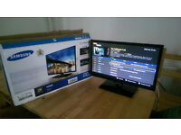 Samsung Full HD TV With Freeview & Remote - UA-22F5000 - Very Good Condition