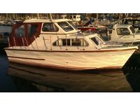 21ft Regency Waverider Cabin cruiser