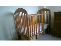 Mamas and Papas adjustable wooden cot and changer/chest of drawers