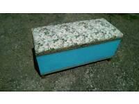 VINTAGE RETRO LOOM OTTOMAN / BLANKET BOX / CHEST
