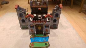 Kiddicraft Deluxe Castle Playset