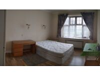 Large double room in Hendon, bills included! Close to Middlesex University.