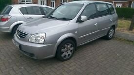 Law mileages Kia CARENS 13 months MOT cheap for quick sale No offers BARGAIN £395 ice air con