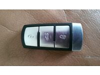 VW Passat Remote Key Fob with active battery PRICE 25:00 Including post