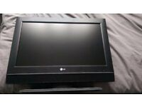 LG26lc55 26 inch tv with remote. £35