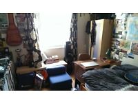 Double room available Montpelier :)