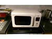 Daewoo 800watt 20 litre microwave