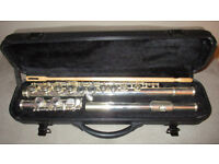 PRIMO Flute in C in case, good for beginers and plays well