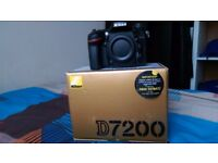 Nikon D7200 DSLR camera body only like new condition battery charger shoulder trap box