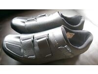 Shimano RP5 Bike Cycling Shoes Carbon Sole Size 45, Barely Used