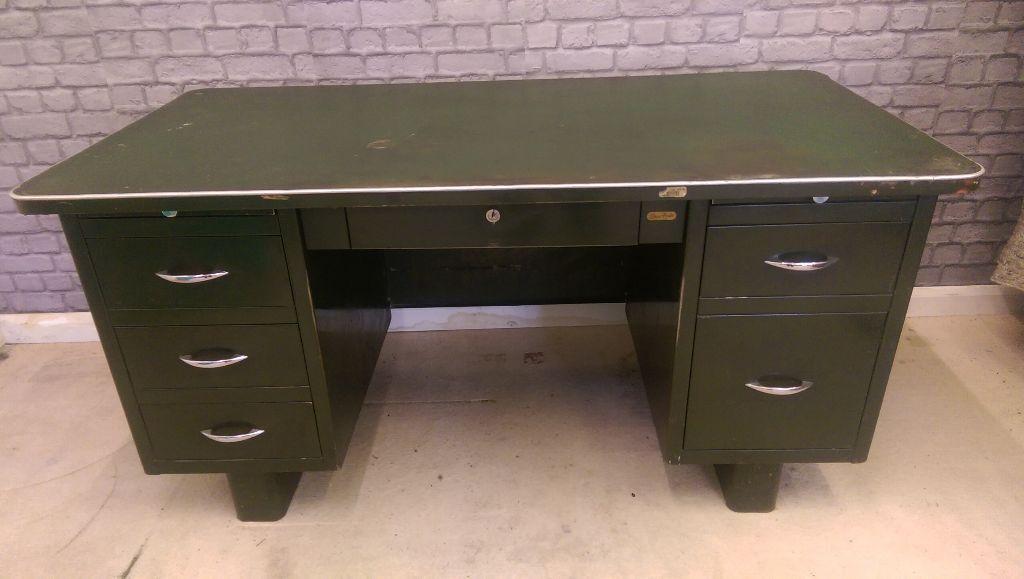Reclaimed Vintage Retro Metal Desk Engineers Draughtsman 9